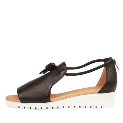 Django & Juliette Melvin Black White Sole Sandals