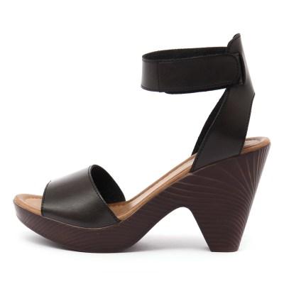 Los Cabos Rilee Black Sandals