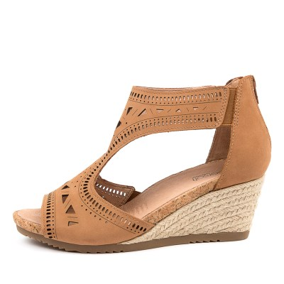 Supersoft Alain Su Tan Sandals Womens Shoes Casual Heeled Sandals