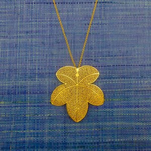 Grape Leaf Pendant Gold Filigree