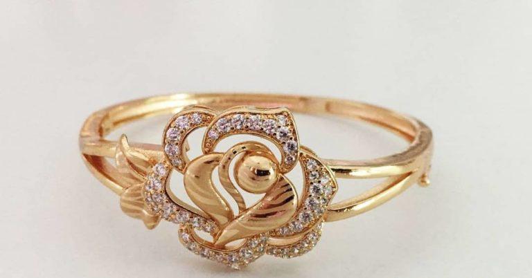 gold plated flower design ring
