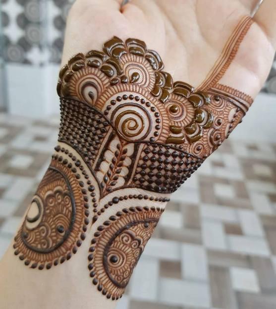 Multi-patterned and elegant