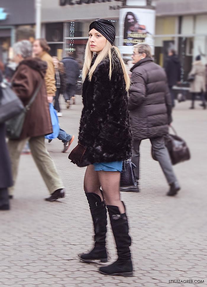 Advent Zagreb street style moda, kako stilizirati turban, bundicu, minicu i čizme preko koljena