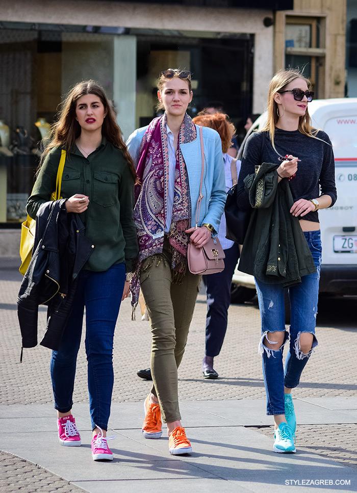 kako nositi tenisice u bojama, cro moda street style zagreb žena ulična moda fashion hr zagrebačka špica modne kombinacije trend portal zena hr