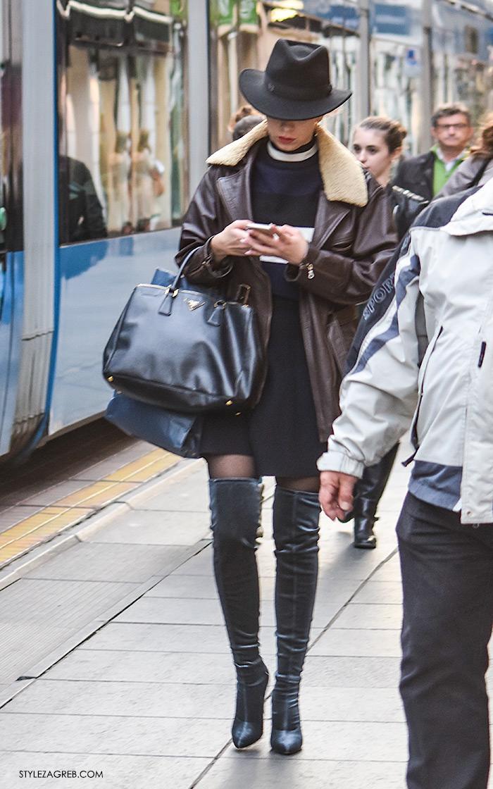 Street style Zagreb gdje kupiti baršun pliš velvet čizme preko koljen, Nika Bijelić Nika Audrey White Instagram, kombinacija styling čizme preko koljena, šešir, duža kožna jakna s krznom i mini haljina. Vrijeme u Zagrebu jesen zima moda 2016, Jelena Perić Instagram
