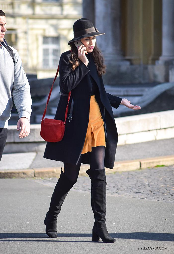 Style Zagreb šesiri moda zima 2017 street style Zagreb, glumica Ornela Vištica, žuta minica, crni šešir, crvena ženska torbica, crne visoke čizme, HNK trg, subotnja špica najnovije