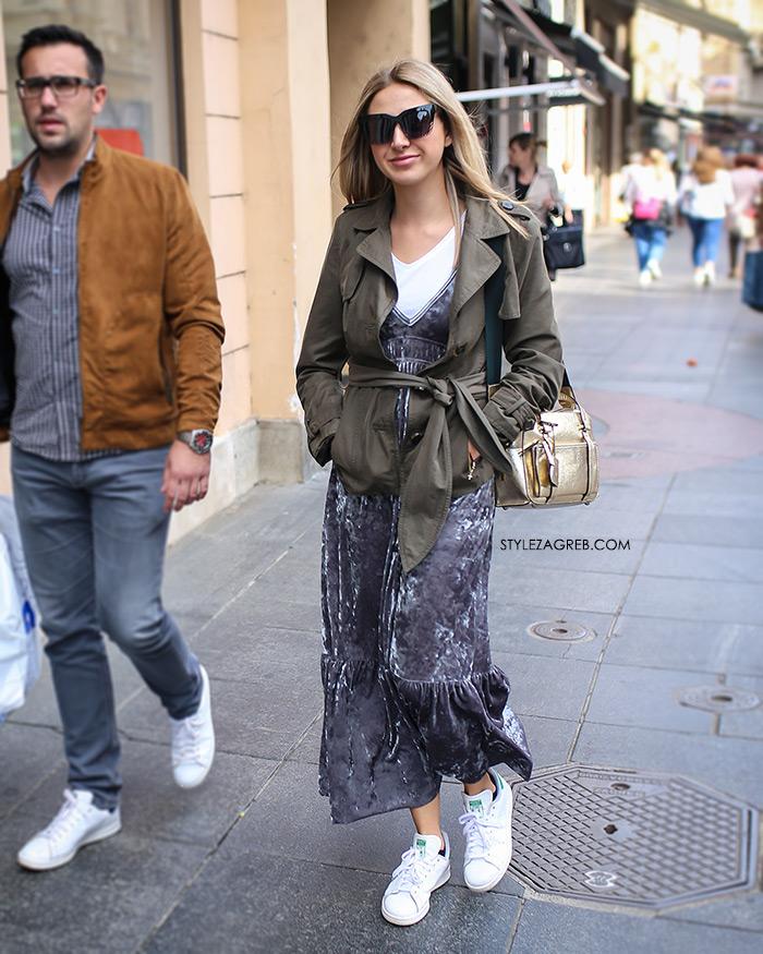 Zara pliš haljina Adidas bijele tensice Rujanska špica vrvi jesenskim trendovima Street style Zagreb jesenska ženska moda lijepe cure