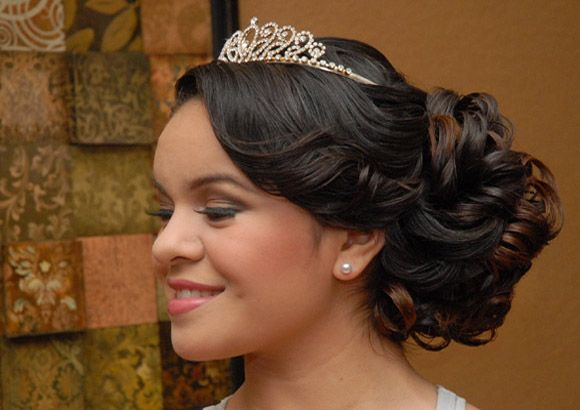 Quinceanera in Bumps, Curls and Tiaras hairstyles
