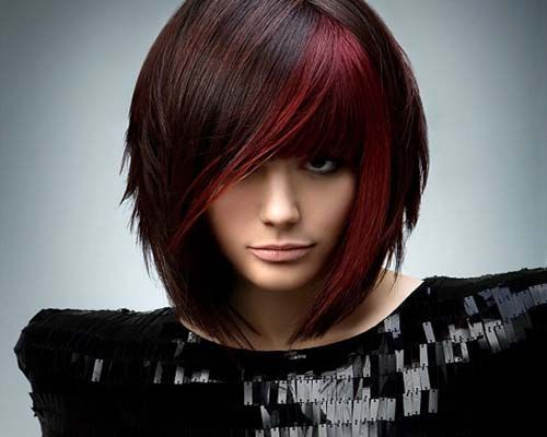 Layered bob with highlights
