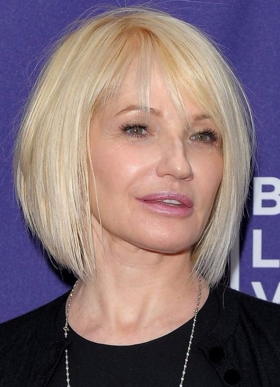 Short Natural Silver Haircut for Women Over 50