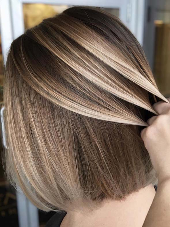 Blonde Balayage Hair Color Contrasts in 2018