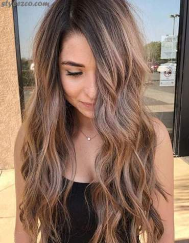 Attractive ways to Wear Caramel Highlights on Long Hairstyles