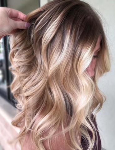 Rooted Blonde Balayage Highlights for 2018