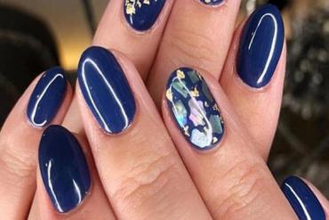Superior Blue Nail Ideas & Styles for All Ladies & Girls