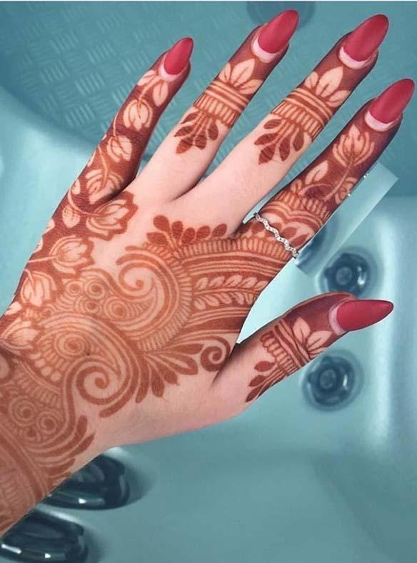 Modern Mehndi Designs for Ladies in 2109