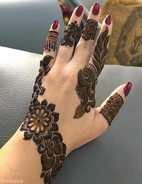 Simple Mehndi Art Designs