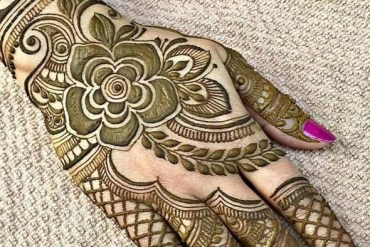 Unique But Simple Mehndi Designs in 2019
