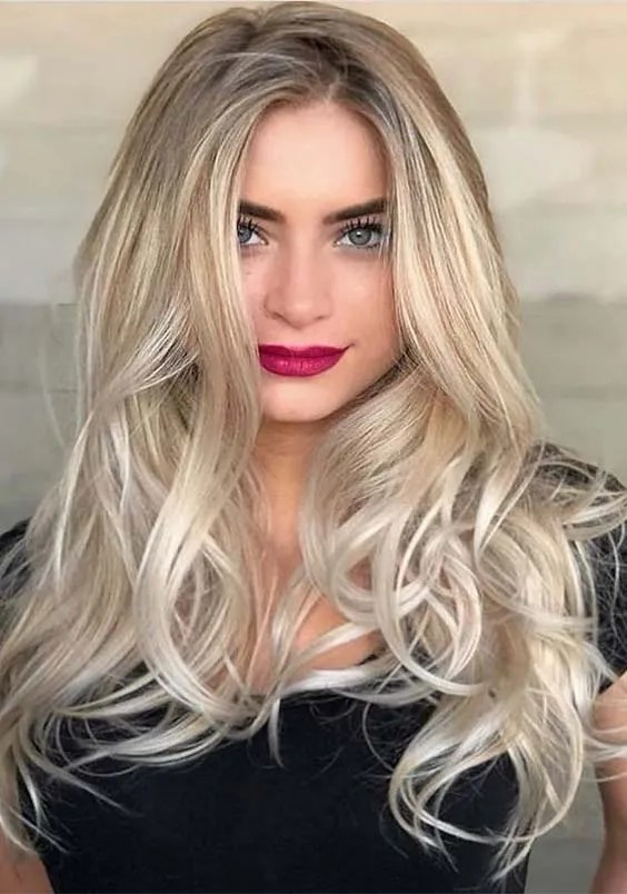 Long Blonde Hairstyles & Haircuts for 2019