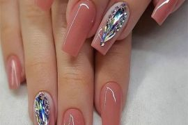 Charming Nail Art Style & Trends for Ladies In 2019