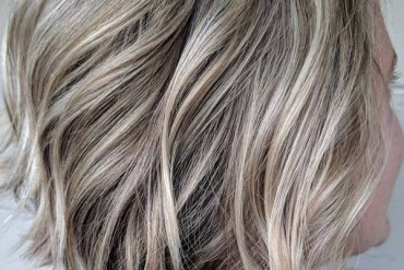 Beige blonde shades for short hair in 2019
