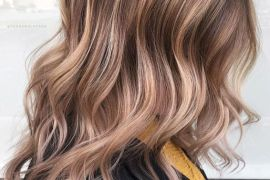 Delightful Ash Blonde Highlights & Styles for 2019