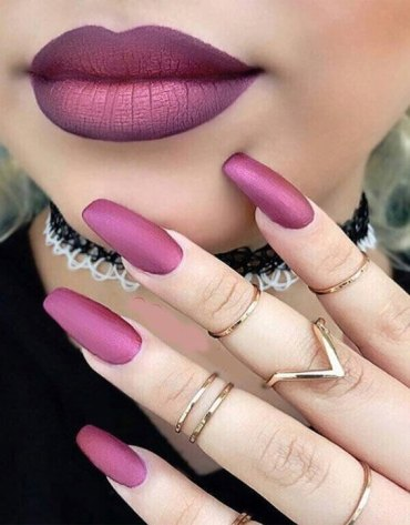 Marvelous Lipstick Makeup Styles with Matching Nails