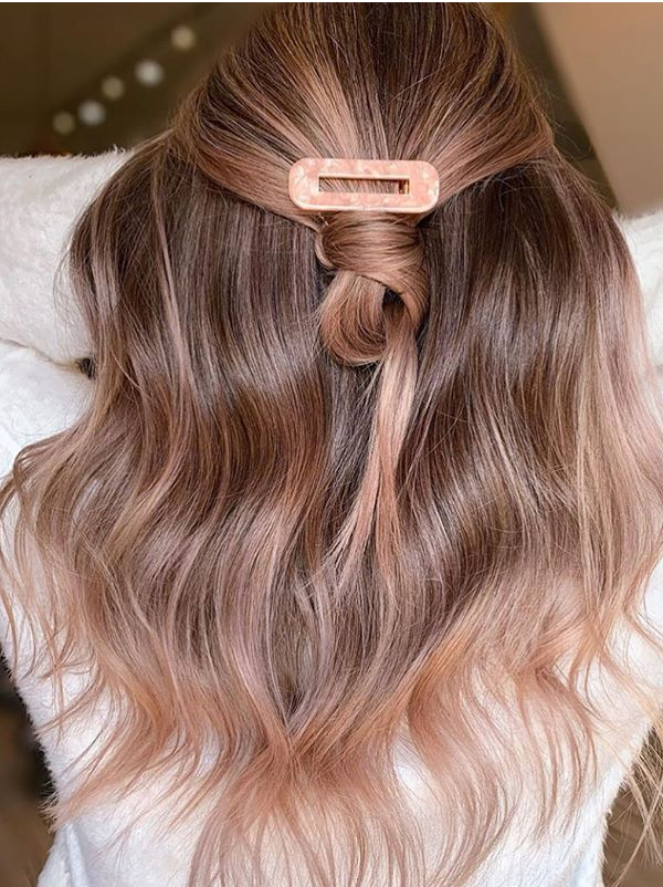 Gorgous Rose Gold Hair Color Shades in Year 2020