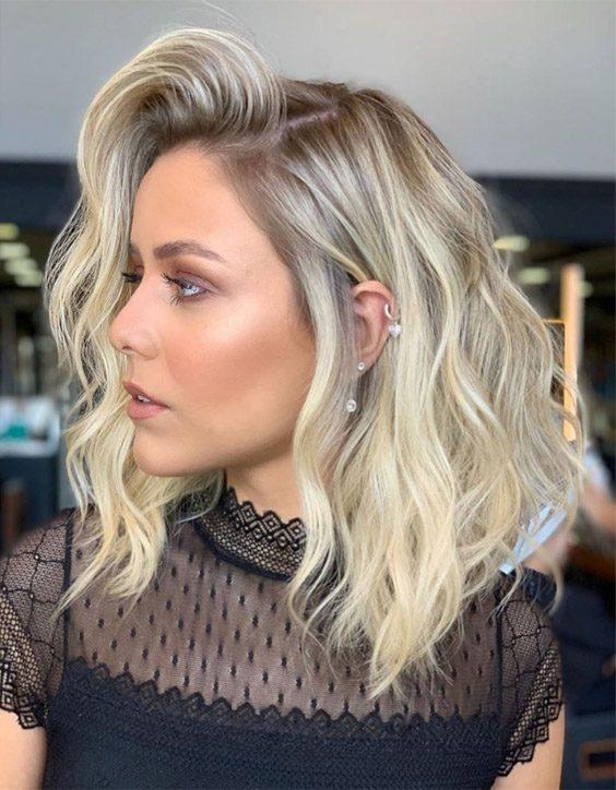 Eye Catching Medium Haircuts for Women & Girls In 2020