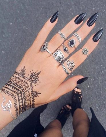 Gorgeous Hand Tattoos & Nail Style In 2020