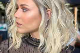 Medium Blonde Haircuts for Women to Show Off in 2020