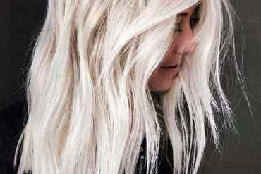 Favourite platinum blonde hair color ideas for women in 2020