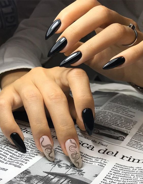 Elegant Look of Black Nails for Young Girls In 2020