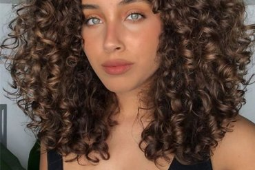 Excellent Style of Medium Curly Hair & Images In 2020