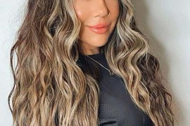 Stunning Brunette Waves for Long Hair