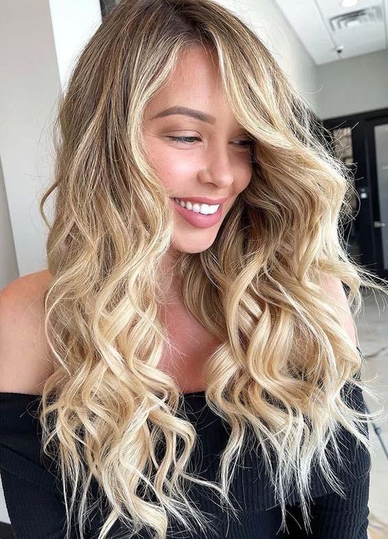 Trendy Curls for Long Blonde Hair Styles