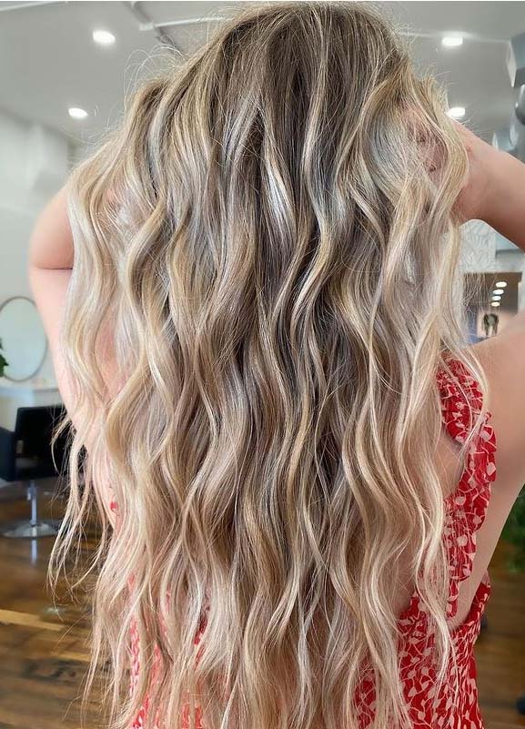 Amazing Buttercream Blonde Balayage Hair Color Ideas