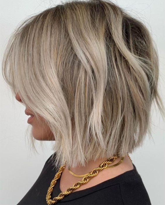 Delightful Style of Short Blonde Hair for Teenage Girls