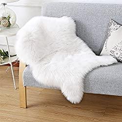 Faux Fur Sheepskin Style Rug (60 x 90 cm)