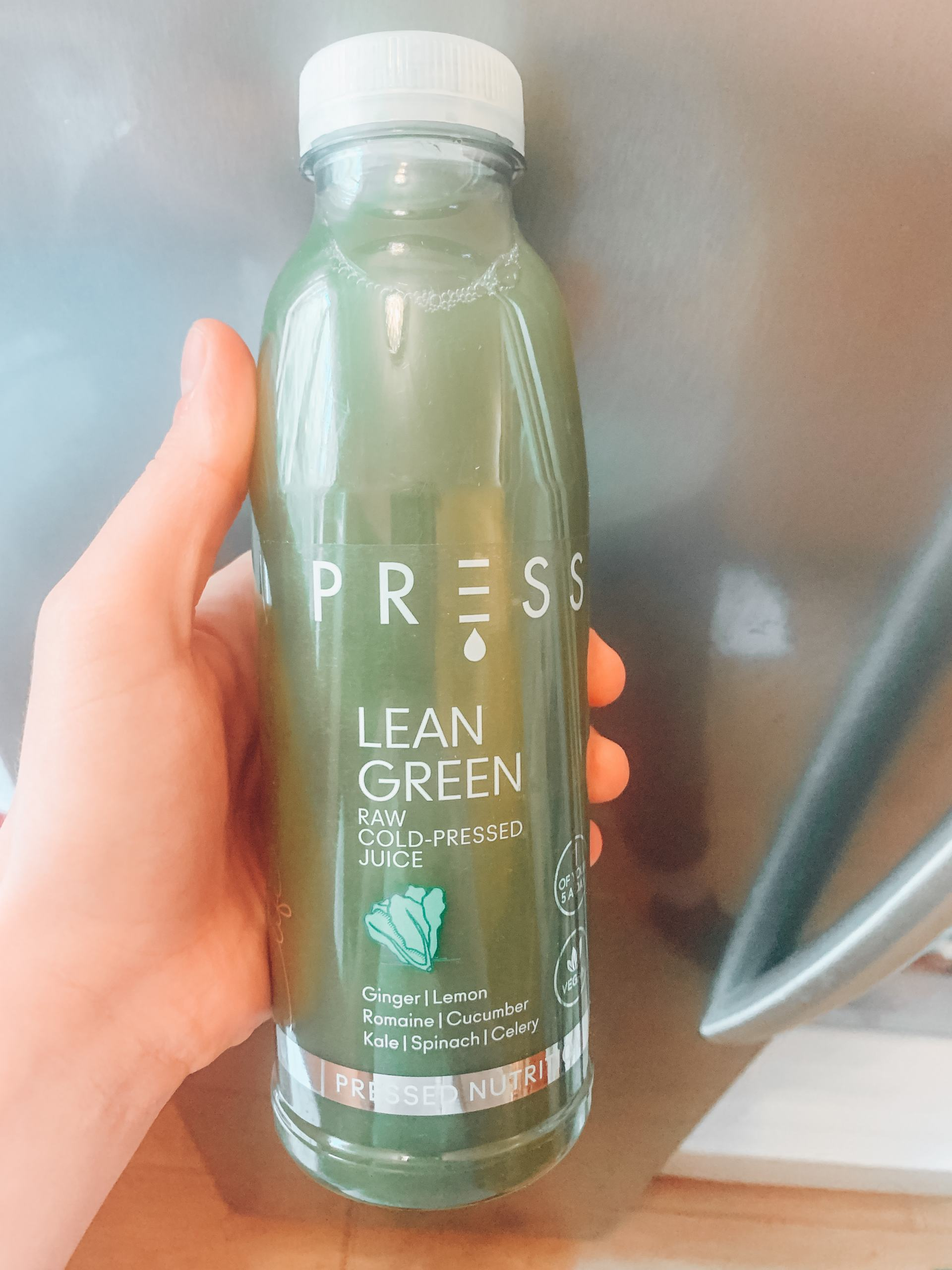 lean-green-cold-press-juice-www.stylinglifetoday.com