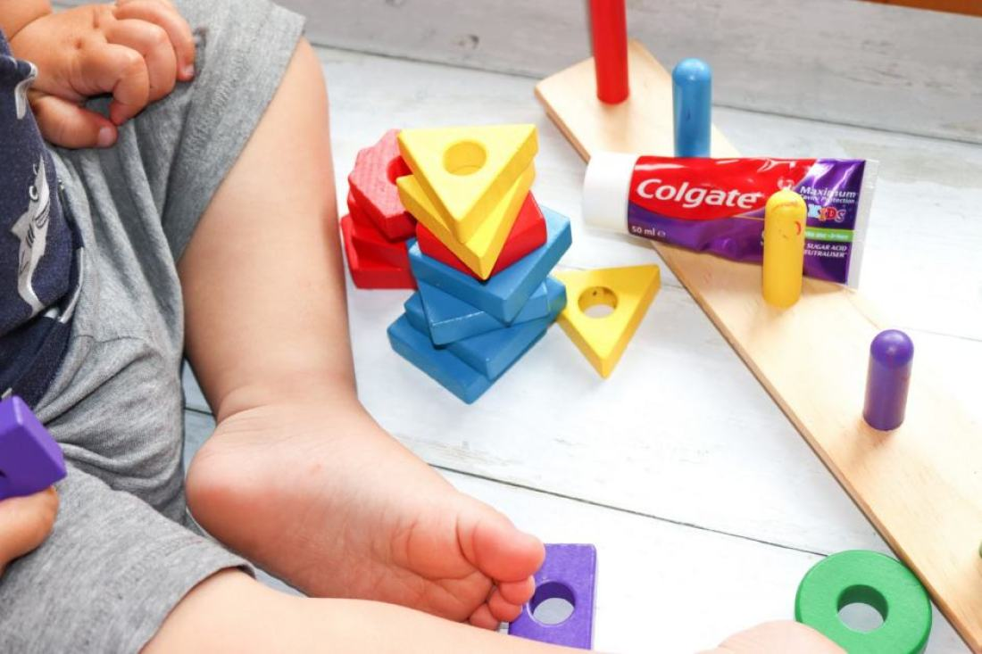 tooth paste with building blocks