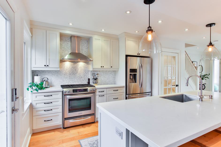 pretty clean white kitchen