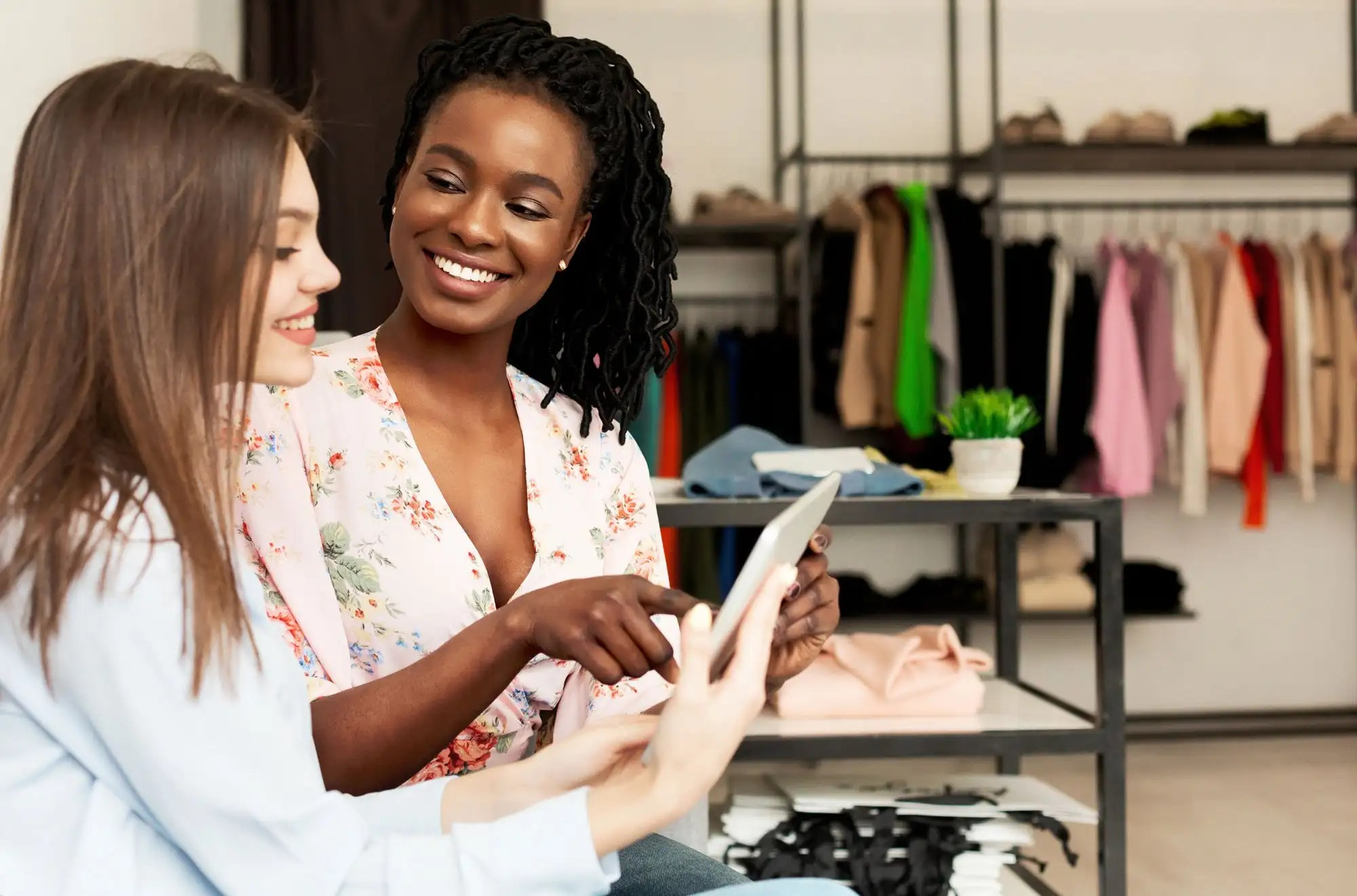 Reasons why you Should Work with a Personal Stylist or Image Consultant