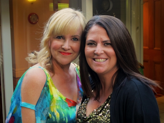 My blogging partner in crime, Mrs Woog and I worked a smokey eye for the occasion