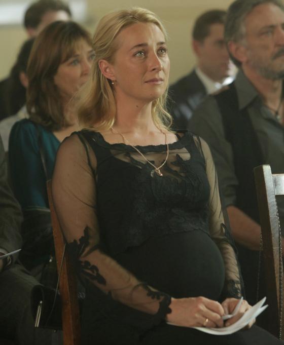 Nina Proudman funeral outfit