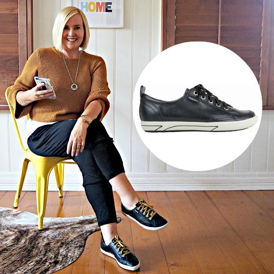 FRANKiE4 ELLiE black leather sneaker | Metalicus knit, tee and pant