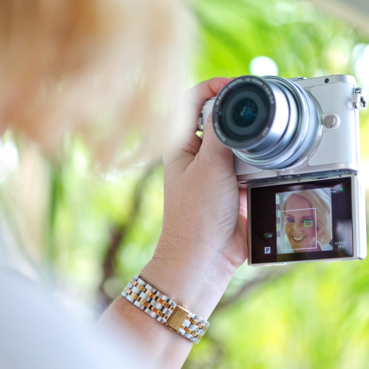 How to take selfie | Olympus PEN E-PL8
