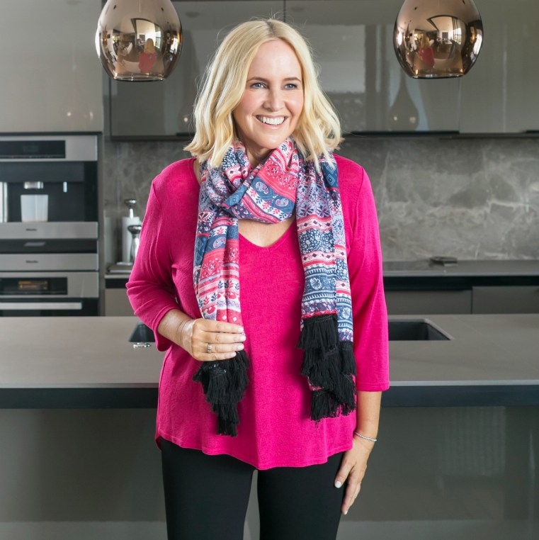 Motto pink dry knit scoop back jumper | Motto patriotic print wrap scarf | Nikki Parkinson of Styling You. Photo by Sarah Keayes/The Photo Pitch