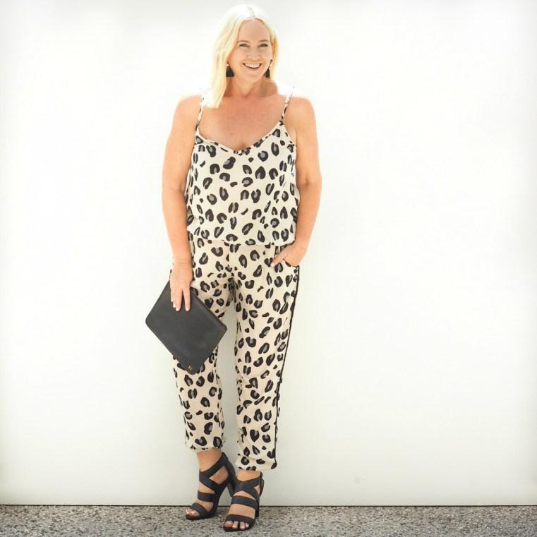 Hunt + Kelly cami and pant | Miss Monogram clutch | Jimena Alejandra earrings | FRANKiE4 Footwear LiSA heels