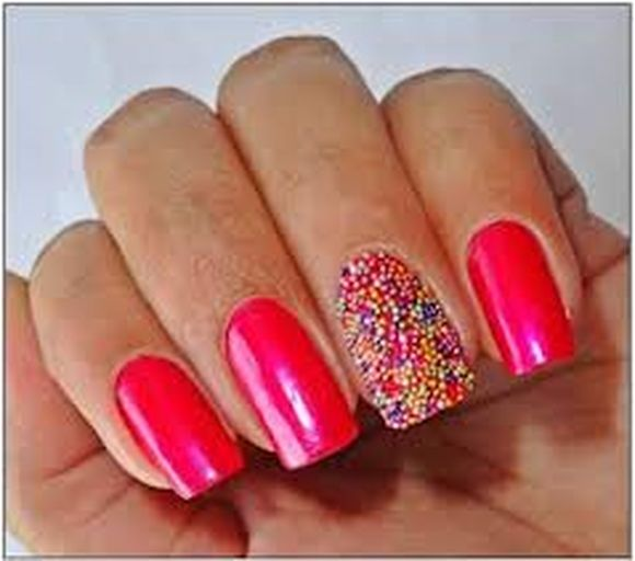 If You Re Going To Have A Nail Art Design White Or Lighter Colors