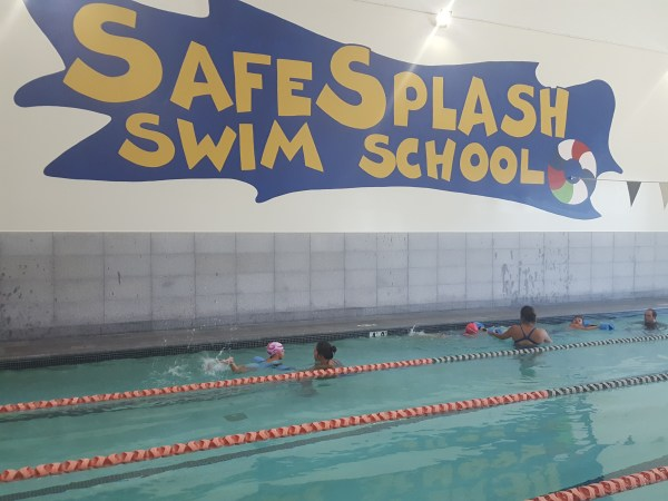 Our SafeSplash Swim School Experience #parenting #swimming #IAmSafeSplash
